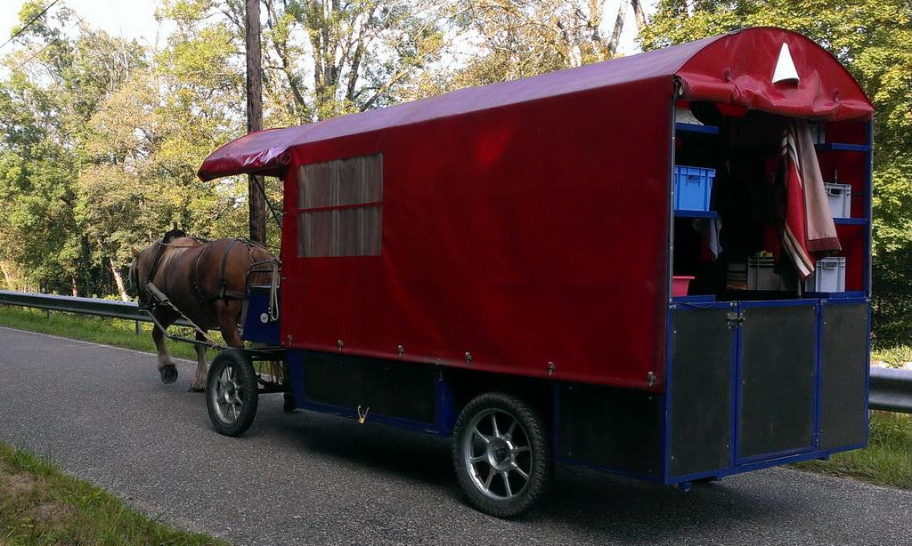 Zigeunerwagen auf großer Fahrt