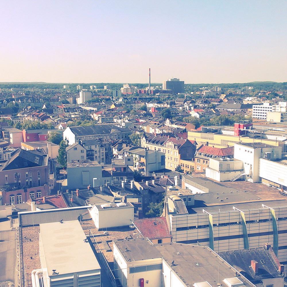 Aussicht über Großstadt