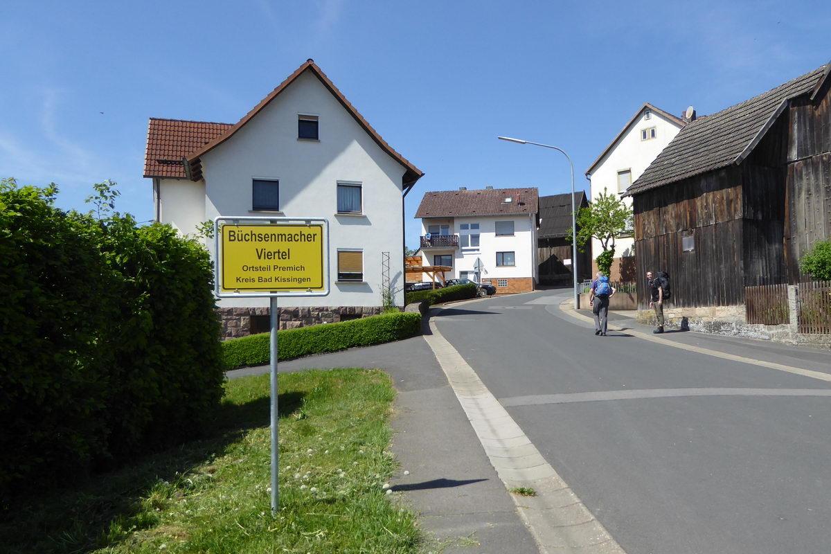 Büchsenmacher-Viertel beim Wandern mit Zelt in der Rhön