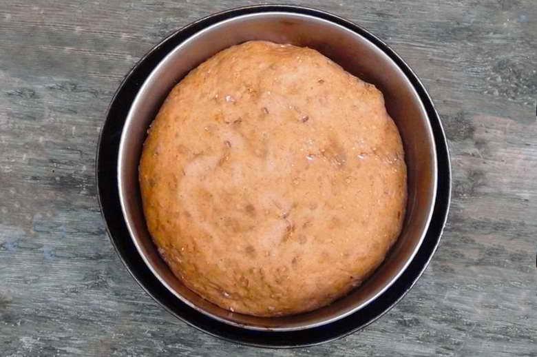 Brot backen im Feuer - das fertige Brot